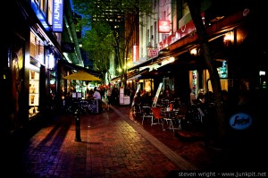 Hardware-Lane-Melbourne-at-Night-Eating-X100-2-1